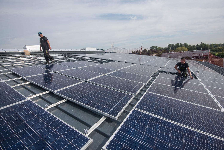 Wertstoffhof Herne: Photovoltaikanlage auf dem Dach